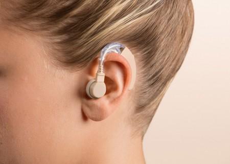 Hallássegítő eszközök